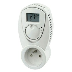 Termostat zásuvkový izbový TZ33